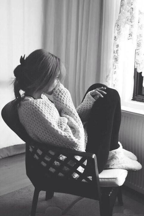 66 hình ảnh buồn mệt mỏi con gái chán nản muốn buông xuôi tất cả